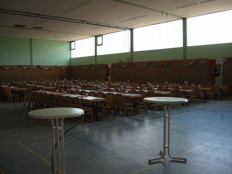 Mehrzweckhalle